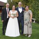 Sesja w ogrodzie - wesele Marty i Rafała_126