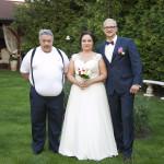 Sesja w ogrodzie - wesele Marty i Rafała_31