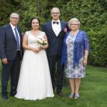 Sesja w ogrodzie - wesele Marty i Rafała_35