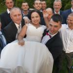 Sesja w ogrodzie - wesele Marty i Rafała_70