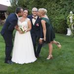Sesja w ogrodzie - wesele Marty i Rafała_80